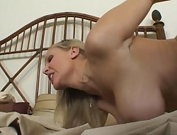 Active priceless maid Julia Ann gets drilled